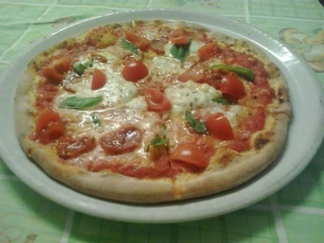 Vi ricordiamo che le pizze fatte con impasti speciali hanno lo stesso prezzo di quelle normali!