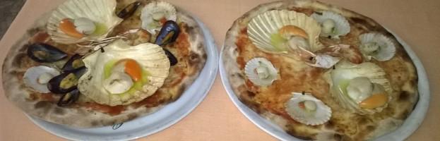Pizza con pesce fresco