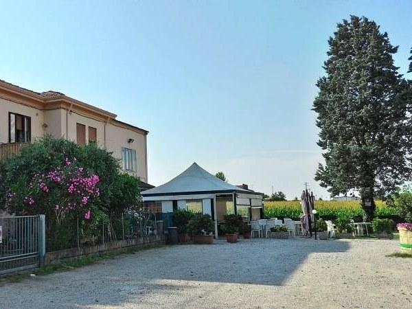 Homepage Ristorante Pizzeria Etna - Cucina Tradizionale Veneta e Pizze con forno a Legna - Rovigo
